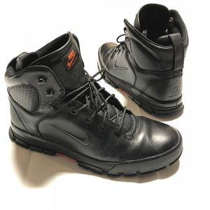 Nike ACG Air Nevist Boot